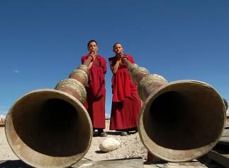 img_86794_200428trombe_monaci_tibetani